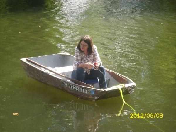 how to clean algae off aluminum boat