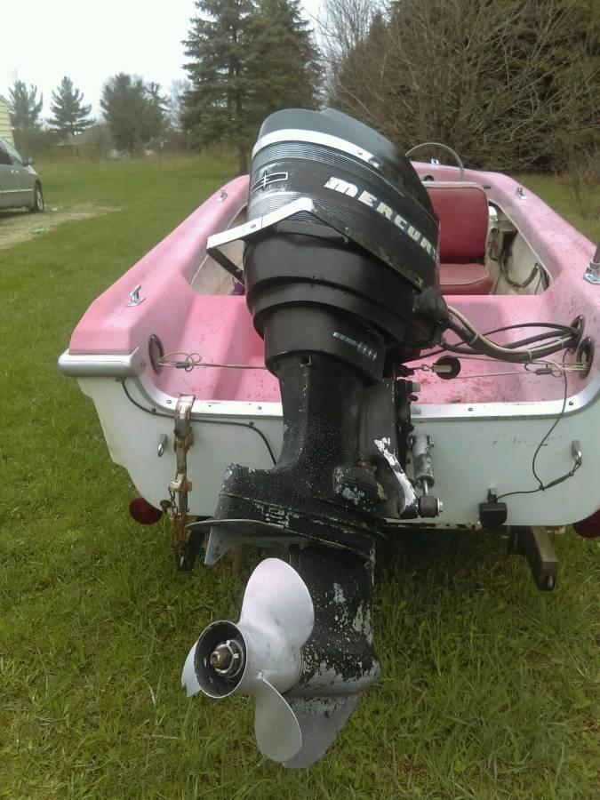 W W Idgkusairq X on 1965 Mercury 650 Outboard Motor