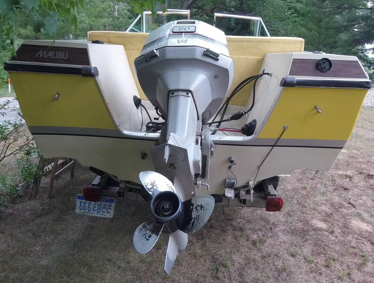 15ft Outboard Johnson Malibu | AeroCraft Boats